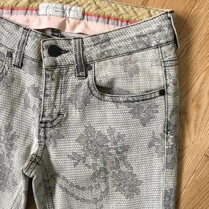 Stella McCartney Lace Gray Jeans 26